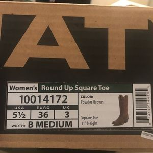 Brand New Never Worn Ariat Cowboy Boots